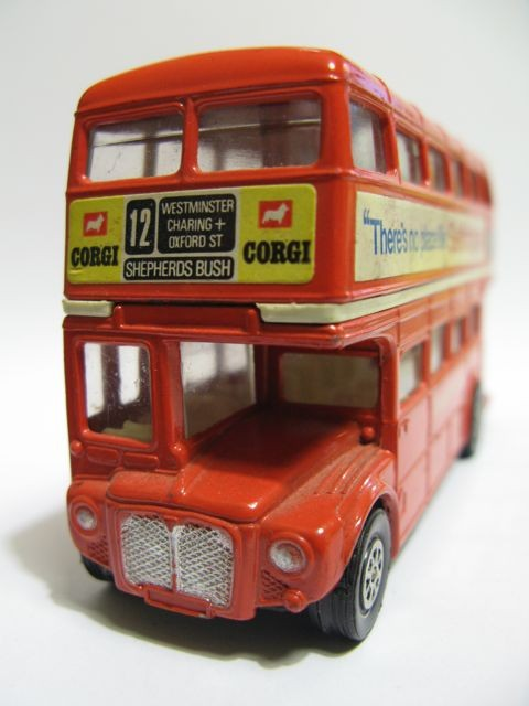 An english red bus